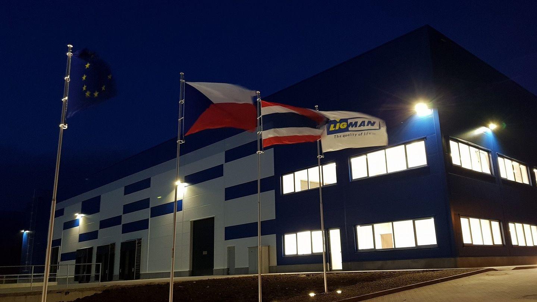 Výrobce svítidel Ligman Lighting vstoupil na evropský trh, nové prostory vÚstí nad Labem zajistila Colliers International