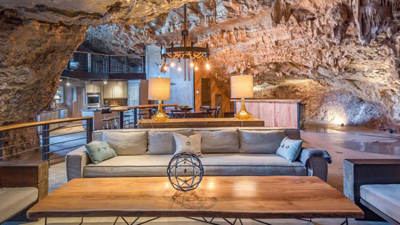 V jeskyni to bylo fajn, ale teď už chceme víc ANEB jak si najít vlastní dokonalé bydlení