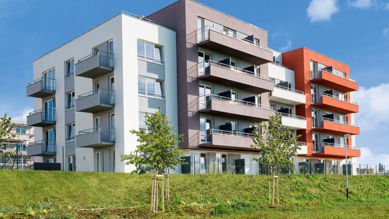 Z nové výstavby stát získává na daních mnoho desítek miliard ročně, například za každý nový byt v Praze má kolem jednoho milionu Kč