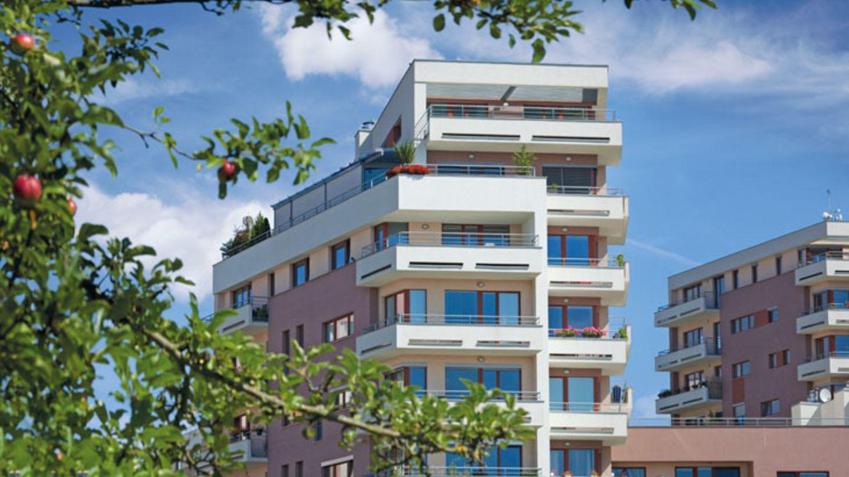Bytová výstavba v Praze mírně pookřává. Levnější byty ale nečekejte