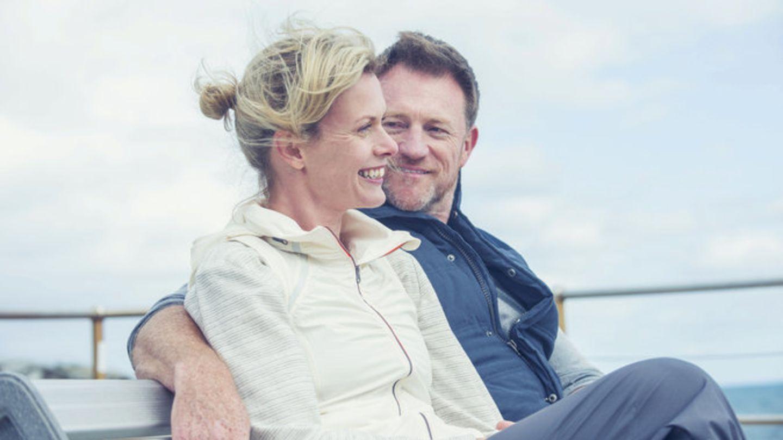 Kupující nových bytů stárnou. Průměrný věk manželů je 46 let