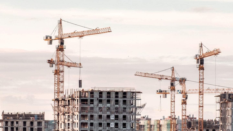 Daňové úlevy? Ano, ale pro dlouhodobý rozvoj je klíčové rychlé přijetí nového stavebního zákona!