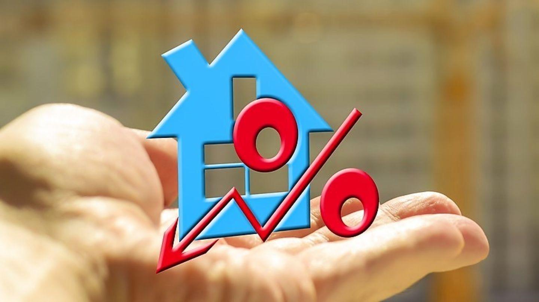Hypotéky jsou nejlevnější za čtyři roky, banky v únoru poskytly rekordní objem úvěrů