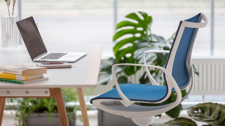 Jak vybrat židli pro práci z domu či do kanceláře? Přinášíme 10 tipů, na co dát pozor