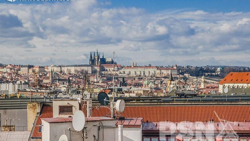 Pronájem, Kanceláře, 493m2 - Praha 1