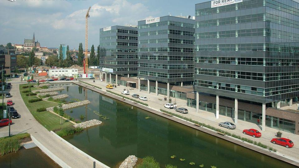 Flexibilní pracovní prostory v hlavních lokalitách
