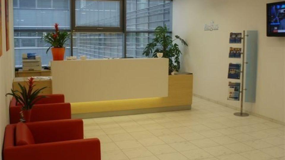 Kancelář pro více než 6 osob