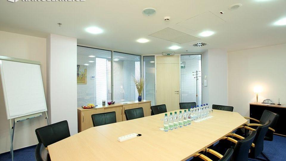 Kancelářské prostory pro 3 až 4 osoby